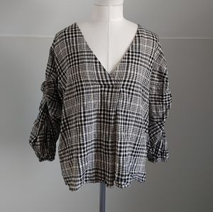 Zara | knotted sleeve blouse
